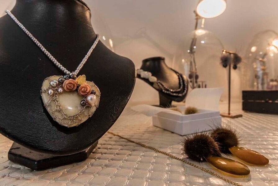 Storytelling Design | Wilhelmina Art Jewelry | Ketting