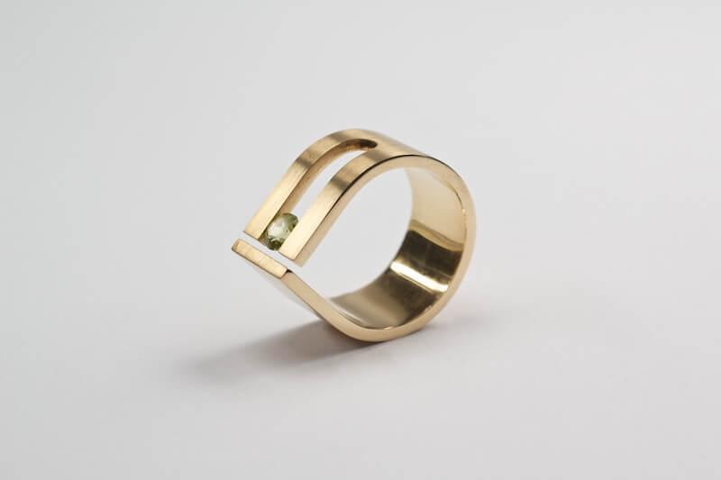 Storytelling Design   Cecile van Eeden   Zilver   Druppelring   goud   tourmalijn   Ring
