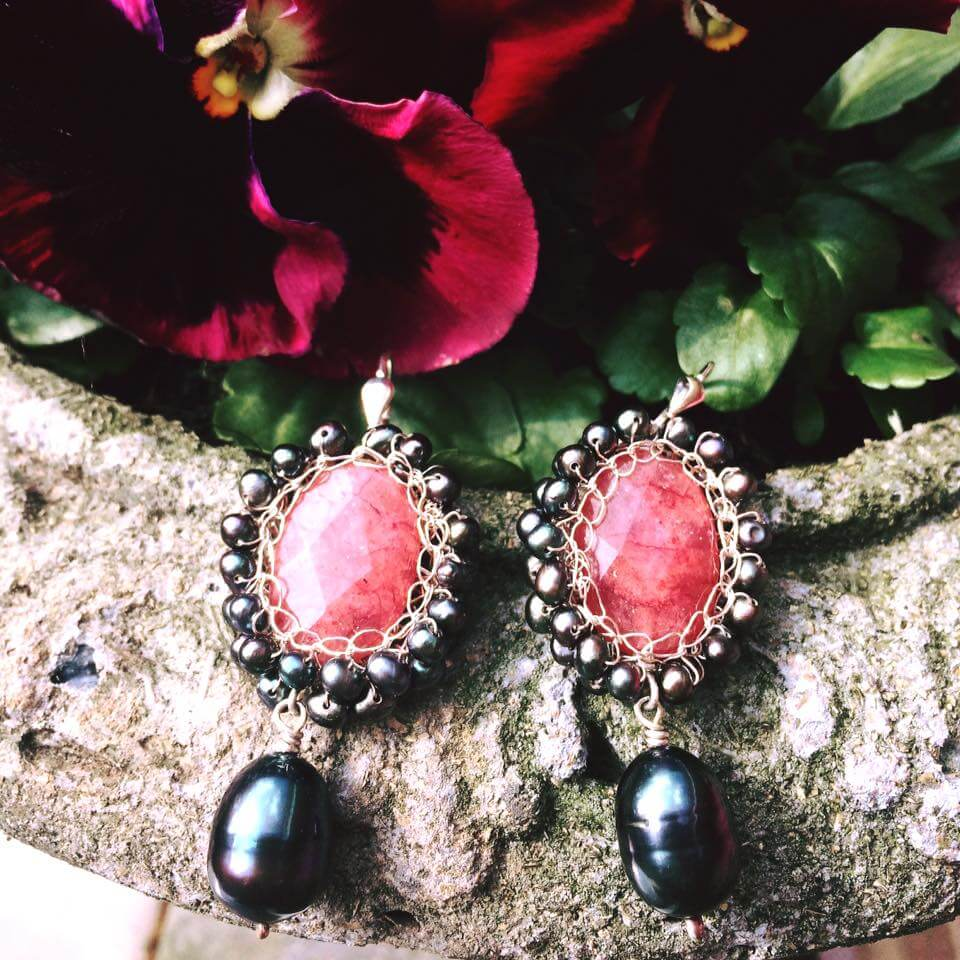 Storytelling Design | Wilhelmina Art Jewelry | Oorbellen | Haken